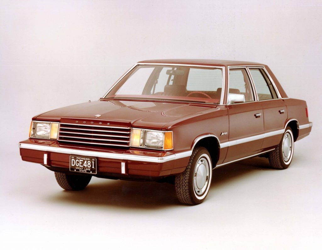 plymouth-reliant-3
